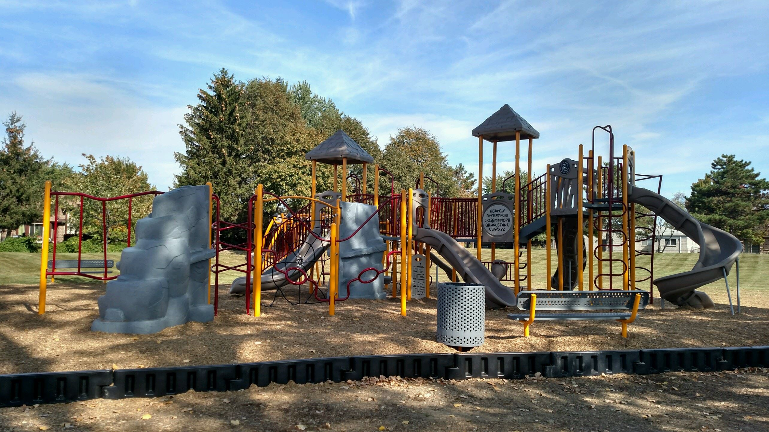 Arlingdale Playground Completed